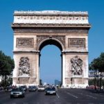 新婚旅行におすすめ!パリのシャンゼリゼ通り&旅行会社