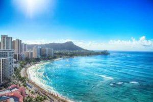 ハワイVSグァム 新婚旅行で行くならどっち?