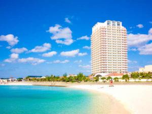 観光スポット周辺のおすすめホテル ザ・ビーチタワー沖縄